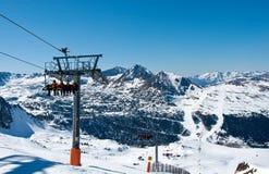 Skilift en de bergen in Andorra Stock Fotografie