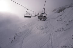 Skilift in het hooggebergte Stock Afbeelding