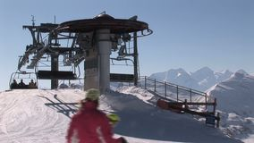 Skilift in Oostenrijk stock footage