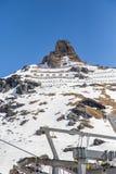 Skilifts em uma cena nevado em Gressoney Imagens de Stock Royalty Free