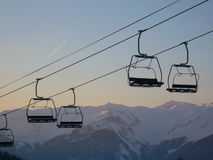 Skiliftstühle Stockbild