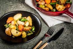 Skillet-ψημένα λαχανικά πτώσης και χειμώνα Στοκ Εικόνα