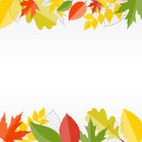 Skinande Autumn Natural Leaves Background vektor Arkivbilder