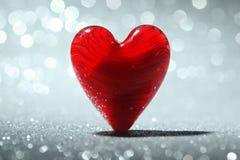 Skinande röd hjärtabakgrund Royaltyfri Fotografi