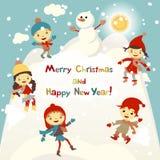 Skinande vektorjulbakgrund med den roliga snögubben och barn Vykortdesign för lyckligt nytt år med pojken och flickan som tycker  Royaltyfri Fotografi