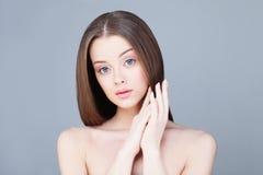 Женщина спы Принципиальная схема Skincare Здоровая модель Стоковое Изображение RF