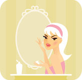 Skincare nawilża Obrazy Royalty Free