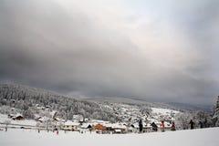 Skiort der Schnee-Landschaft Stockfotos