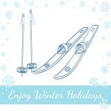 Skis mit klassischen Schwergängigkeiten und Skipfosten Stockbilder