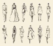Skissa av dragen vektorillustration för mode flickor Royaltyfria Foton
