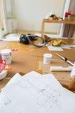 Skissa av hem- renovering arkivfoto