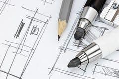 Skissar funktionsdugliga hjälpmedel för formgivare på grafiskt av inter-modernt rum Arkivfoton