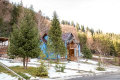 Skitoevlucht Forest Tale dichtbij Alma Ata, Kazachstan Royalty-vrije Stock Afbeelding