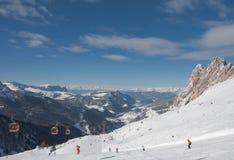 Skitoevlucht van Selva di Val Gardena, Italië Royalty-vrije Stock Foto's