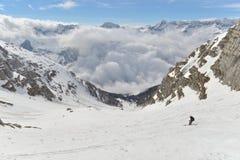 Skitouring 免版税库存照片