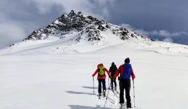 Skitouring près de Piz Buin 3 photo stock