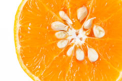 Skiva av apelsinen på vit bakgrund Arkivfoton