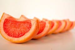 Skiva av grapefrukten arkivbild