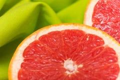 skivad grapefrukt Royaltyfri Fotografi