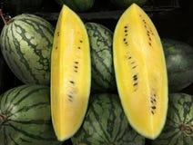 Skivad gul vattenmelon Fotografering för Bildbyråer