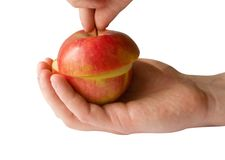 skivad isolerad red för äpple hand Arkivbild