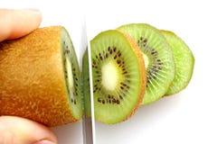 Skivad kiwi på hjul Royaltyfri Foto