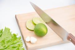 skivad limefrukt fotografering för bildbyråer