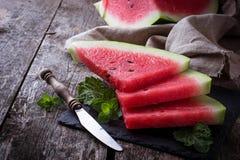 Skivad vattenmelon och mintkaramell Royaltyfri Bild