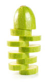Skivad zucchini som isoleras på en vit bakgrund Royaltyfria Bilder