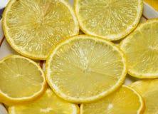 Skivade citroner Royaltyfri Bild