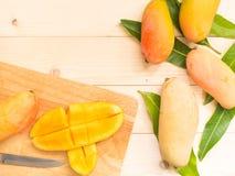Skivade mango Arkivbilder