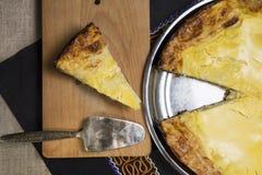 Skivade pajer av ost och Royaltyfria Foton
