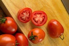 skivar tomater högg av tomater Sund mat för nya tomater Fotografering för Bildbyråer