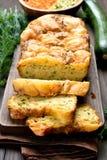 Skivat fuktigt bröd för grönsak royaltyfri fotografi
