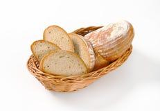Skivat kontinentalt bröd arkivbilder