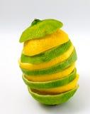 Skivat limefrukt- och citrontorn Arkivfoto