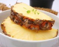 Skivor av ananasen Royaltyfri Foto