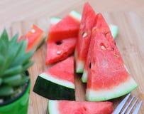 Skivor av den nya vattenmelon för söt röd watermelon/ Fotografering för Bildbyråer