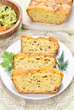 Skivor av fuktigt bröd för grönsak royaltyfria foton
