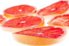 Skivor av grapefrukten Royaltyfri Bild