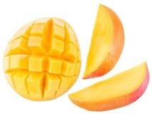 Skivor av mangofrukt över vit Royaltyfria Bilder