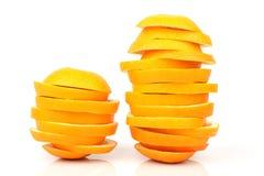 Skivor av orangen Arkivfoton