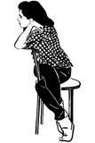 Skizzemädchen, das ein Brunette auf einem Stuhl sitzt stock abbildung