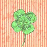 Skizzieren Sie Klee, Vektorhintergrund, St- Patricktag Stockbilder