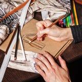 Skizziert Modedesigner Stockfotos