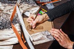 Skizziert Modedesigner Lizenzfreies Stockfoto