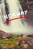 Skjervsfossenwaterval - Noorwegen Stock Afbeelding