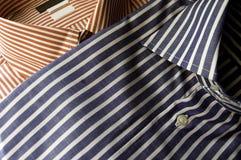 skjorta för blå red Arkivfoton