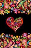 Skjortatrycket för hippie t med den sömlösa gränsen för färgrika blommor och blom- hjärta formar med fred, förälskelse, glädjeord stock illustrationer
