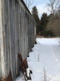 Skjul för ljust hus i vinter Royaltyfria Bilder